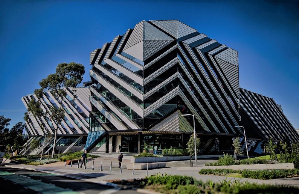 Benefit of  internships explained by Monash university Australia Business School